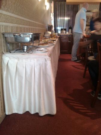BEST WESTERN Lozenetz Hotel : buffet breakfast