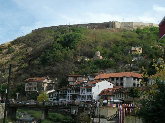 Kalaja Fortress: The fortress from the town