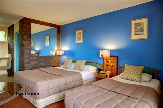 Matador Motor Inn: The Premium Twin