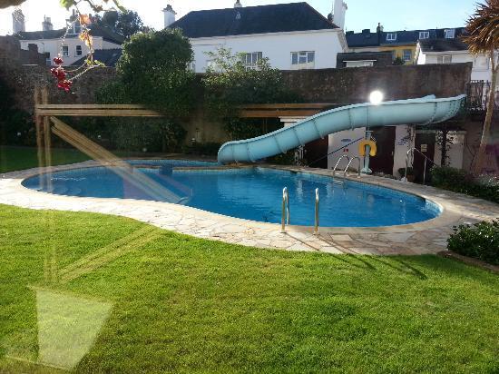 Apollo Hotel: Lovely outside pool