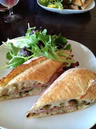 Cafe Adam Restaurant: Ham sandwich
