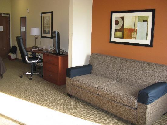 سليب إن آند سويتس ماديسون: Madison Sleep Inn Handicap king room