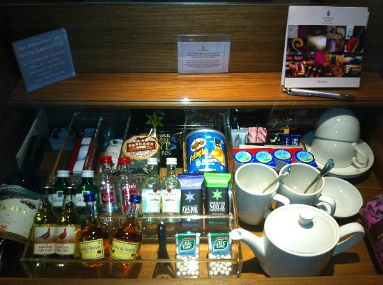 Rudding Park Hotel: Mini bar