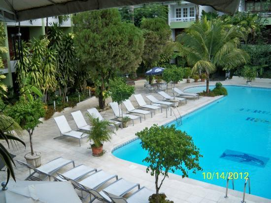 Terra Linda Resort: Swimming pool