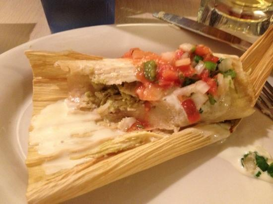 Botanas Premier Mexican Restaurant and Bar: chicken tamale