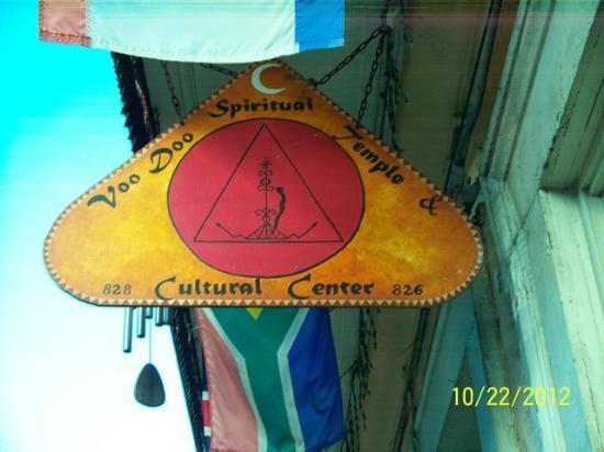 New Orleans Historic Voodoo Museum: Voodoo Spiritual Temple
