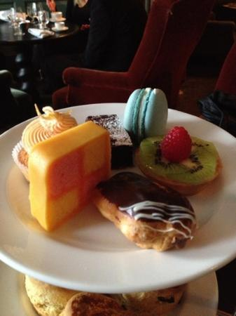 Dean Street Townhouse: Delicious deserts!