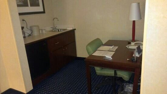 SpringHill Suites Pittsburgh Monroeville: work station