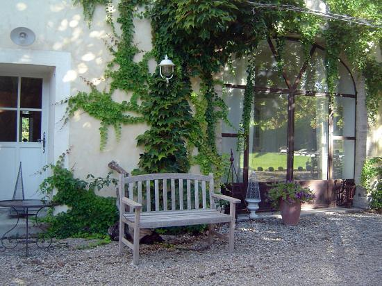 Cote Provence: Outside