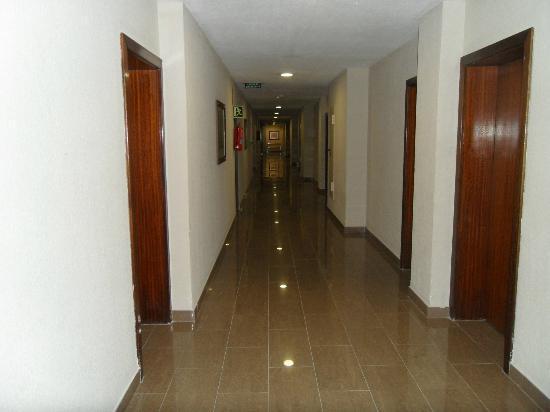 Estudiotel Alicante: corridor