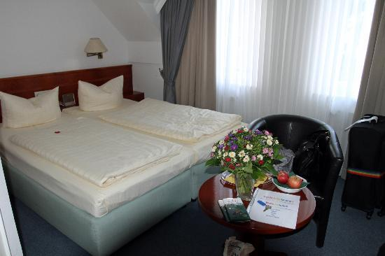Hotel Stadt Norderstedt: The room