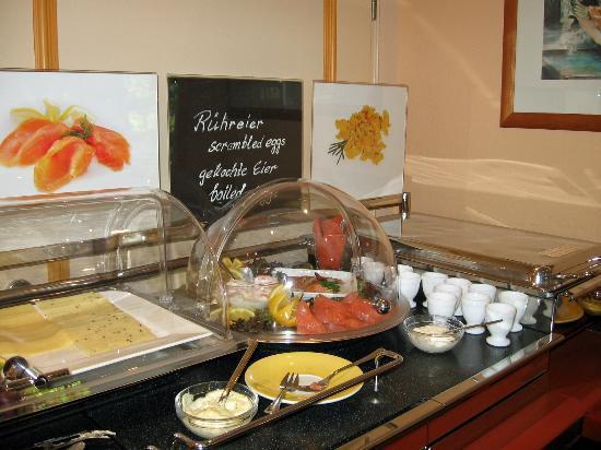 Hotel Stadt Norderstedt: Breakfast