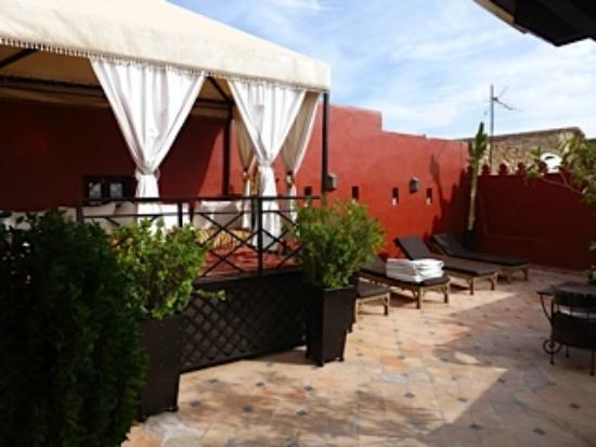 Riad Argan: Rooftop seating