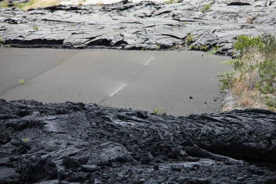 Native Guide Hawaii: 70's lava flow over a piece of the highway