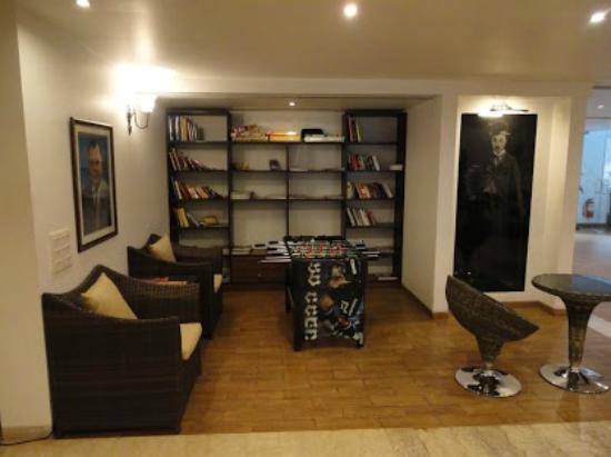 10 Calangute: FoosBall & Library
