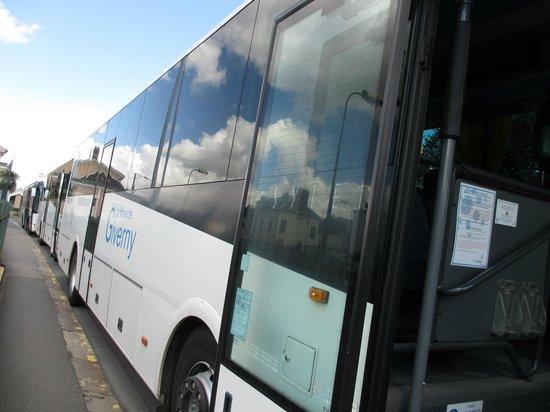 BUS(Vernon→Giverny)ヴェルノンからジヴェルニーへのバス