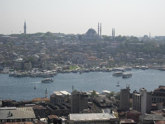 Galata Tower: ガラタ塔から見たイスタンブールの町