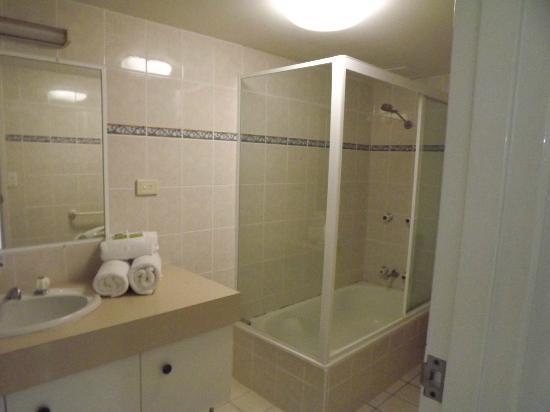 อพาร์ทเมนท์โซลนามาร่าบีชฟรอนท์: 2nd bathroom