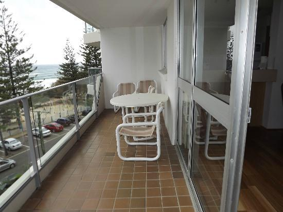 Solnamara Beachfront Apartments: balcony