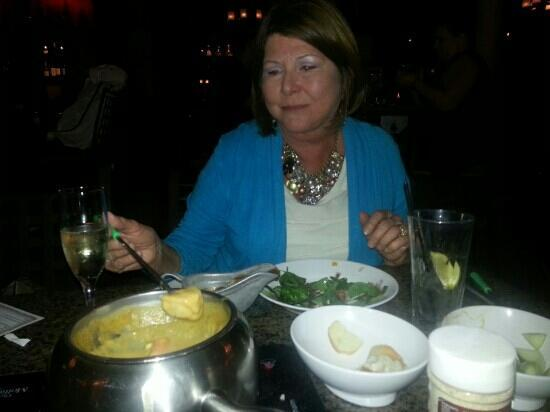 Melting Pot - Brea: The cheese course.
