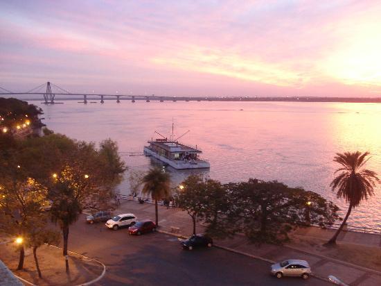 Corrientes, الأرجنتين: Atardecer en Corrientes 