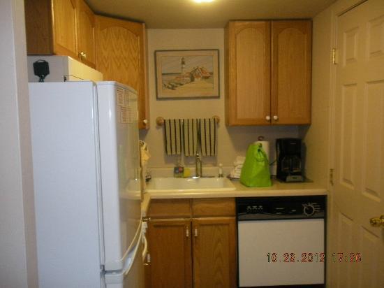 Sea Haven Motel: kitchen