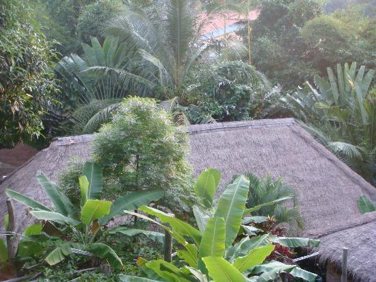 Le Bout du Monde - Khmer Lodge: le jardin
