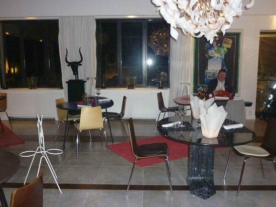 la salle de restaurant picture of mas de l 39 amarine saint remy de provence tripadvisor. Black Bedroom Furniture Sets. Home Design Ideas