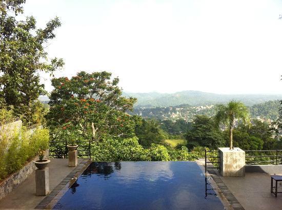 Theva Residency: Kandy