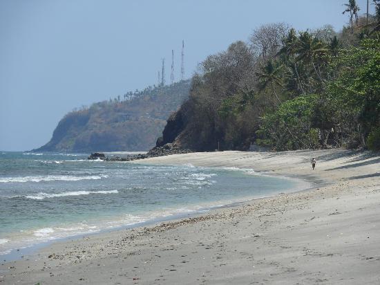 Alang-Alang Boutique Beach Hotel: la spiaggia