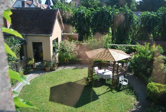 Chambre d 39 hotes l 39 ambroise updated 2017 guesthouse for Chambre hote troyes