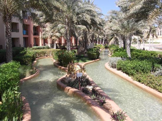 Shangri La Barr Al Jissah Resort & Spa-Al Bandar: Lazy River