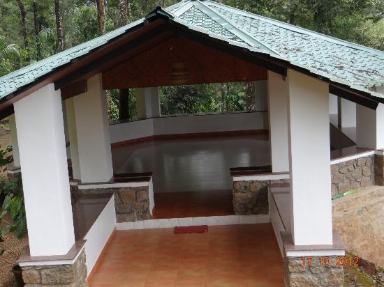 Kaivalyam Retreat: Yoga Center