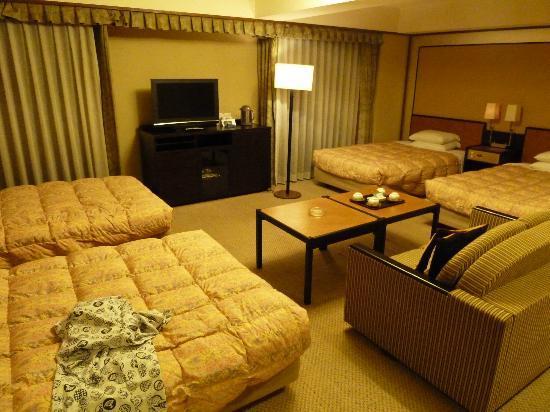 RIHGA Royal Hotel Kyoto: Good Room Size