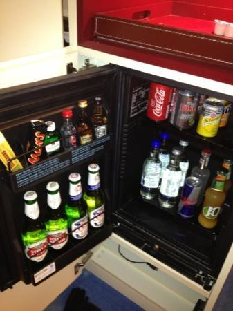 Radisson Blu Hotel, Birmingham: expensive mini bar
