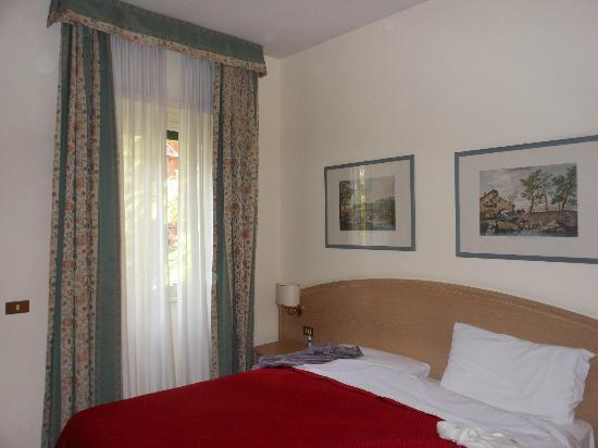 Hotel Santa Costanza: particolare stanza