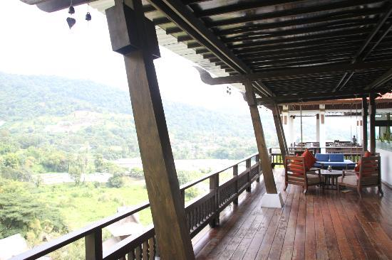 Panviman Chiang Mai Spa Resort: view dining