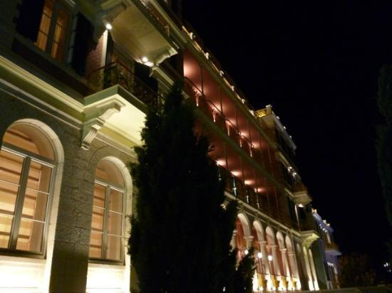 Hilton Imperial Dubrovnik: At night