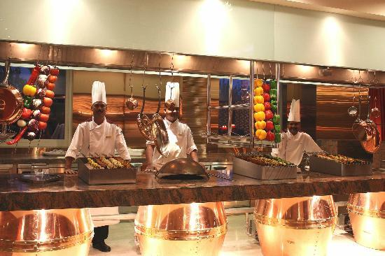 Tandoor Open Kitchen Picture Of Tadka Rasoi Indian Restaurant Beijing Tripadvisor