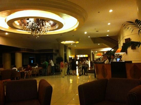 The Bellavista Hotel: The Lobby - Comfortable and large