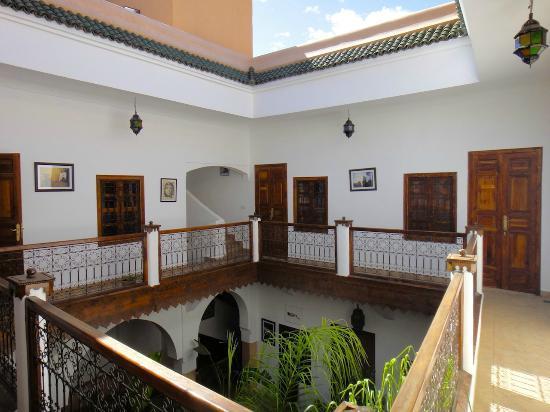 Riad Limouna: Coursive 1er étage