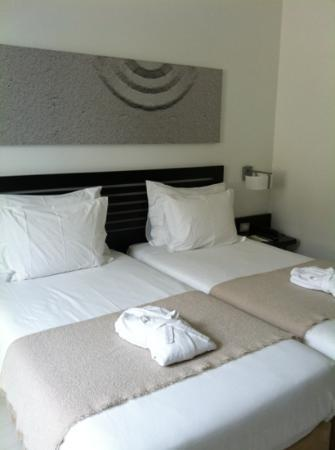Internacional Design Hotel: zen room twin beds