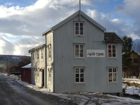 Newspaper Museum - Fjell-Ljom