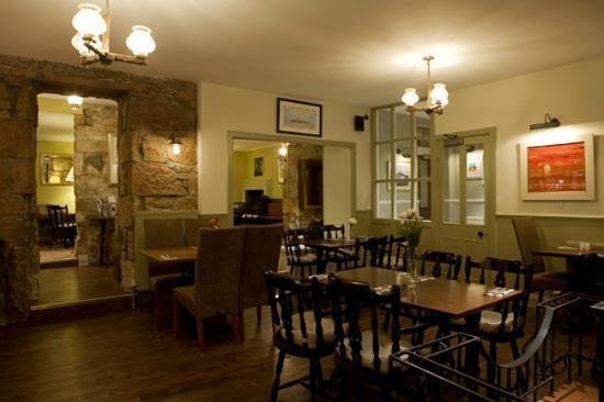 Glenisle Restaurant: The central area of the Glenisle Bistro