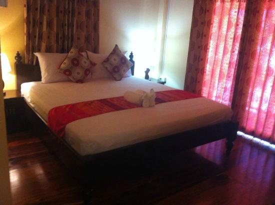 Singharat Guest House: Double
