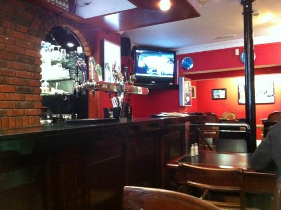 Bleecker Street Cafe Bar: Great for breakfast