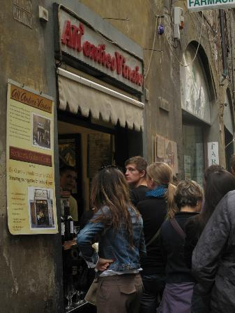 All'Antico Vinaio: Exterior del local