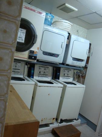 Hotel Taiyo: Laundry Room