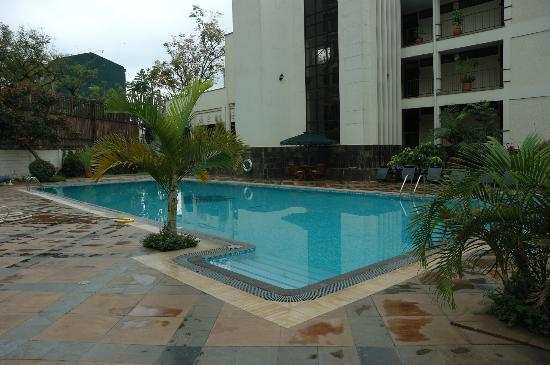 Jacaranda Nairobi Hotel: Pool is small but OK