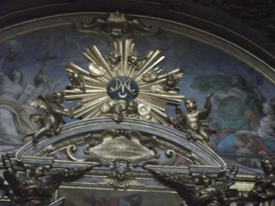 Santa Maria sopra Minerva: Il Simbolo di Maria